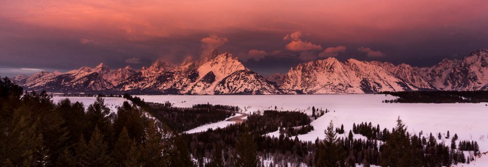 Alpenglow Over the Teton Mountains